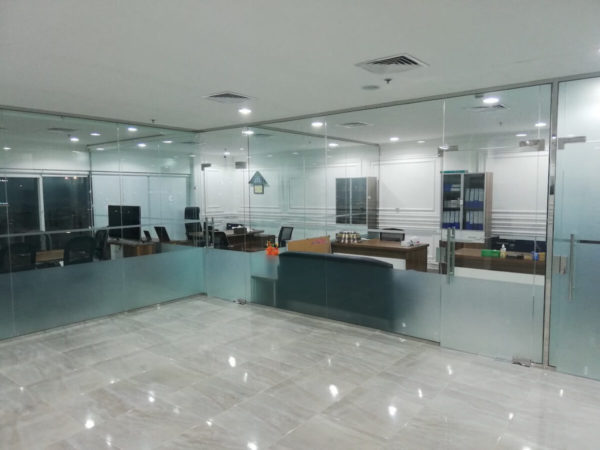 Glass partition and Office interior design works in qatar by Softzone Interiors Qatar